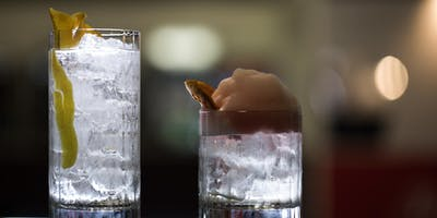 WHISKEY ON THE ROCKS: STIR OR HIGHBALL - COCKTAIL AT HOME