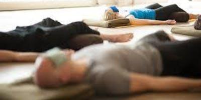 Gestion du stress par Yoga Nidra et développement de l'Intuition