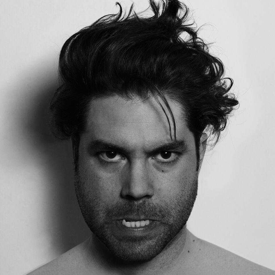 Joe Crepúsculo presenta 10 en el Ochoymedio (