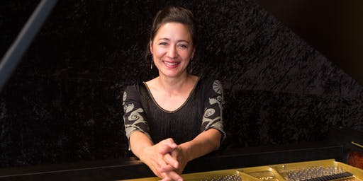 Susan Ellinger (piano) in concert