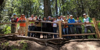 Free Oakland Hiking Tour on New Year\