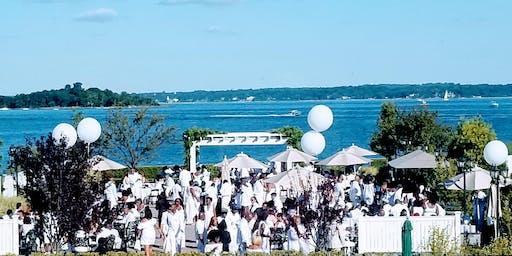 Soiree en Blanc- an All-inclusive Gala in White