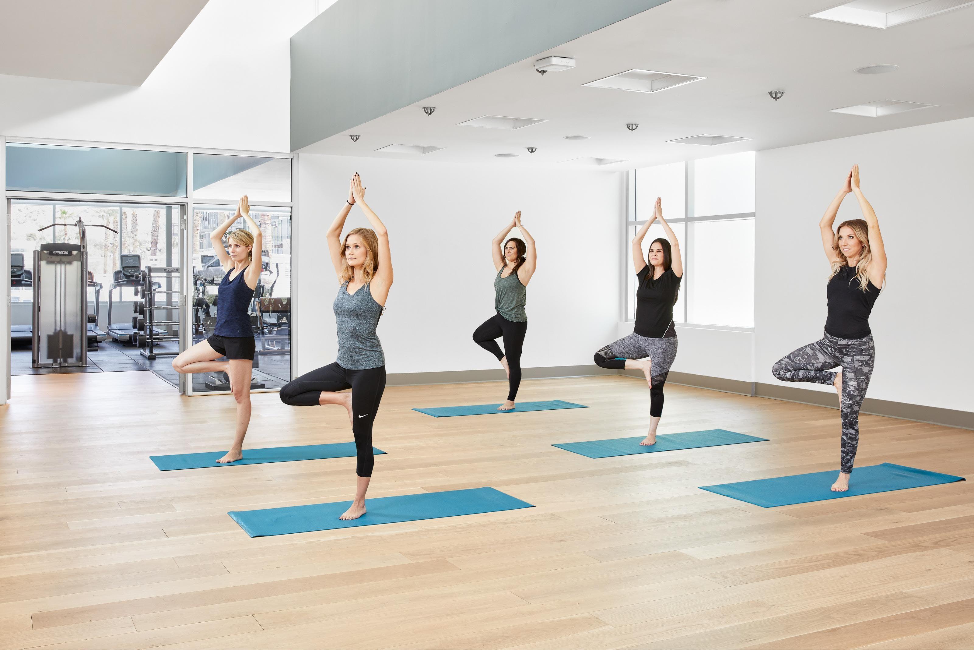 Free flow Yoga - Studio Class