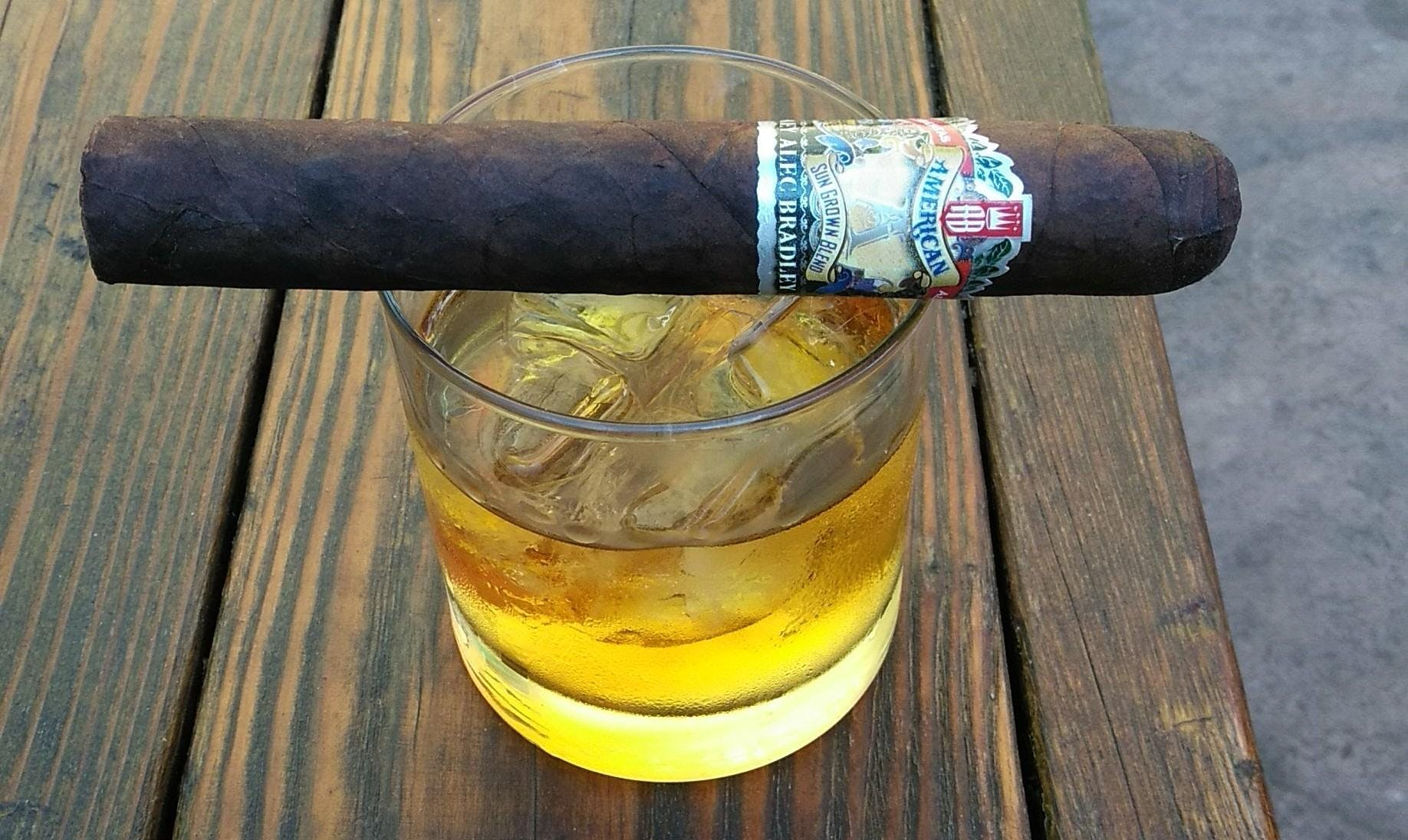 2nd wednesday cigar nights at Roxanne's