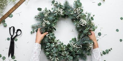 Dec 9th | Holiday Wreath