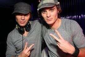 EC Twins @ Envy Lounge