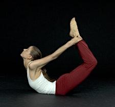 Source of Yoga  logo