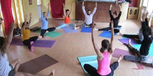 Start the week Yoga