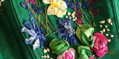 EMBROIDERY : SILK RIBBON FLOWERS