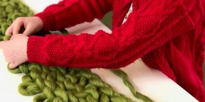 Kristy Kum Too: Giant knitting - Bendigo