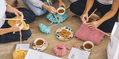 Knitting Party - Snood for Good