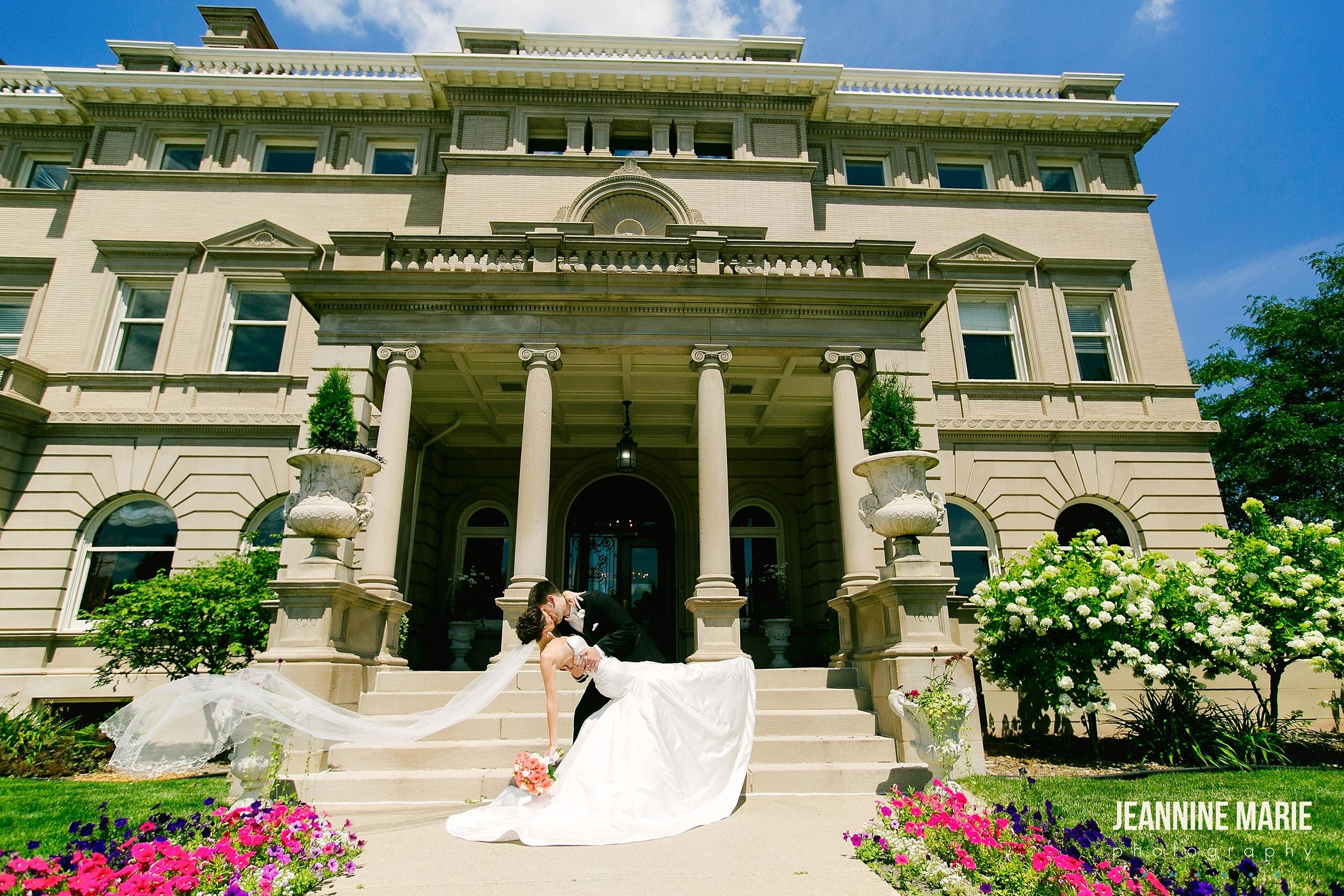 Semple Mansion DREAM Wedding Event