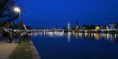 """Fr,08.02.19 Wanderdate - \""""SingleTreff - Frankfurter Nightwalk zur Kneipentour für 35-55J\"""""""