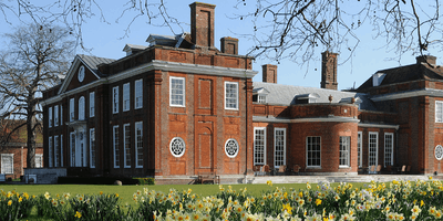 Bradbourne House Tours
