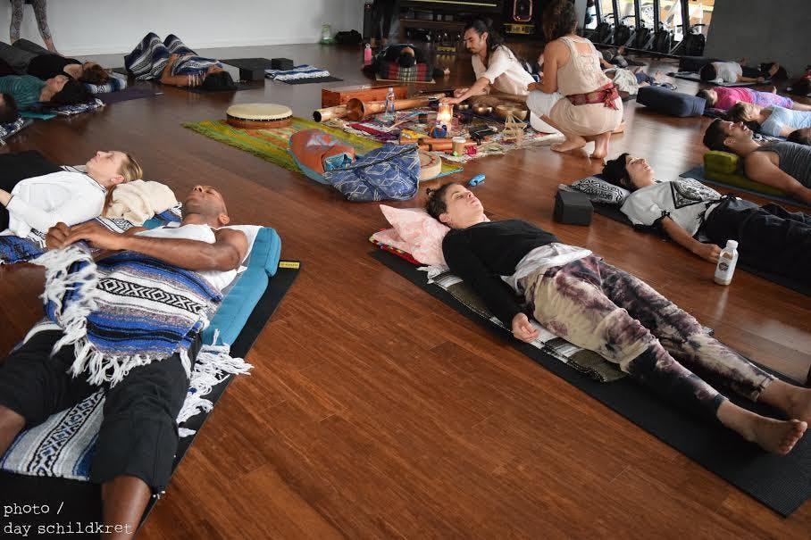 Community Acupuncture: Experience the Lightne