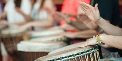 Drumming with Dindindi