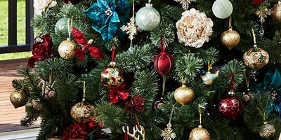 The Christmas Creatives - Decorations Workshop