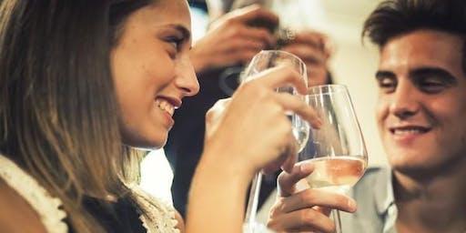 在杜邦市自来水公司(City Tap DuPont DC)的RSVP_周六提供免费饮料和入场券。