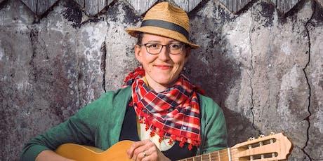 Martina Schwarzmann - Genau richtig - Singen Tickets