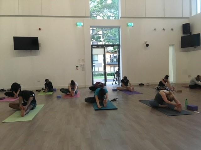Beginners yoga flow class to de-stress and revitalise - 8 weeks