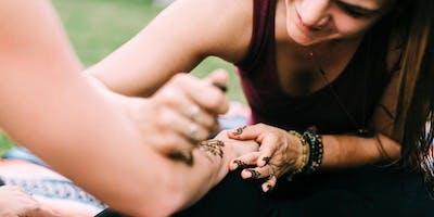 Henna Full Moon Circle