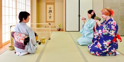 Tea Ceremony and Kimono Experience Osaka