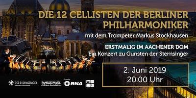 Die 12 Cellisten der Berliner Philharmoniker mit dem Trompeter Markus Stockhausen