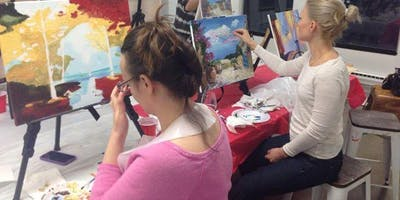 Private art masterclass with a complete artwork , lunch and wine