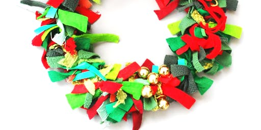 Christmas Fabric Wreaths with Agnis Smallwood