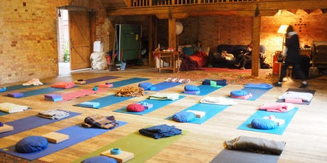 YogaLightVibes:3 Day Yoga & Meditation Retreat in Stunning Kent Countryside tickets