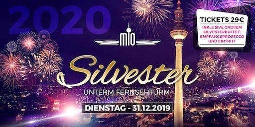 Silvester 2019/2020 unter dem Berliner Fernsehturm, inklusive Buffet und Prosecco Empfang