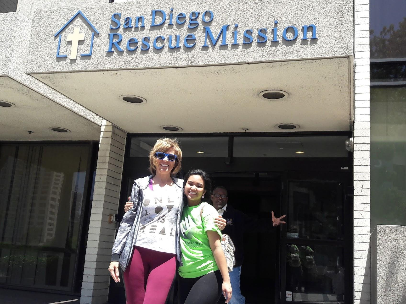 Serve Lunch at San Diego Rescue Mission w/ Pr