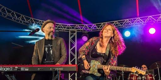 Debbie Bond - Alabama Blueswoman in Concert