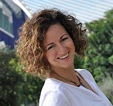 Verónica Carrascosa, MapsTell Ambassador logo