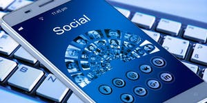 1. FONDAMENTA DI SOCIAL MEDIA MARKETING -...