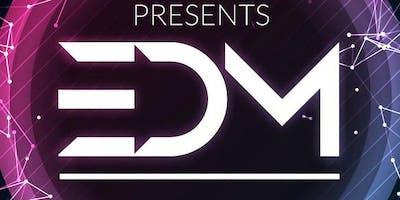 EDM POOL PARTY - Cromwell Hotel