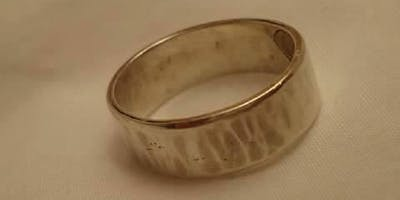 Silver Band/Ring w/Rene