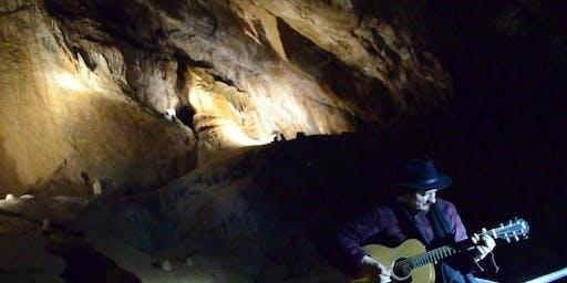 朱利安·詹姆斯·布鲁斯@Marakoopa Cave and Cafe