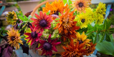 Autumn Posy Workshop at Bowood House