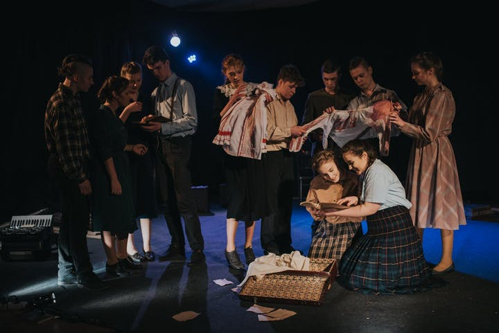 "Spektakl teatralny ""Ajciec Konstancin Bajko"" @ Window Polska"