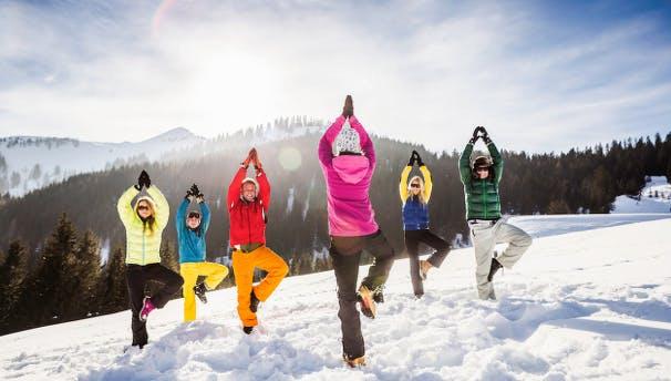 Skiing Yoga + après ski party on the Slopes of Chel-Ski