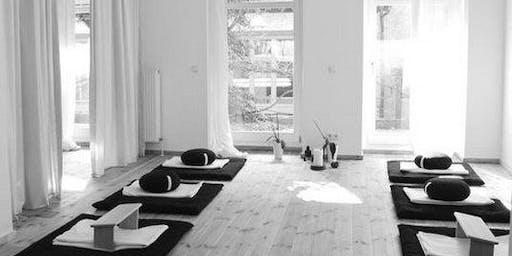 Meditação de fim de tarde em estilo Satsang