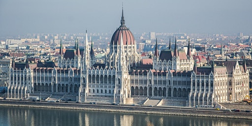 BUDAPEST IN TOUCH: 4-hour long grand city tour + visit of the Parliament