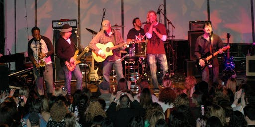 Bronson Arroyo Band - At The Boathouse!