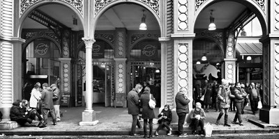 Black & White Street Photography - Photo Walk