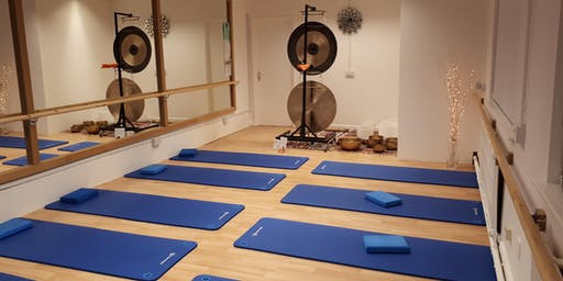 Gong Sound Bath - The Ultimate Chill Out - Reflexions Studio