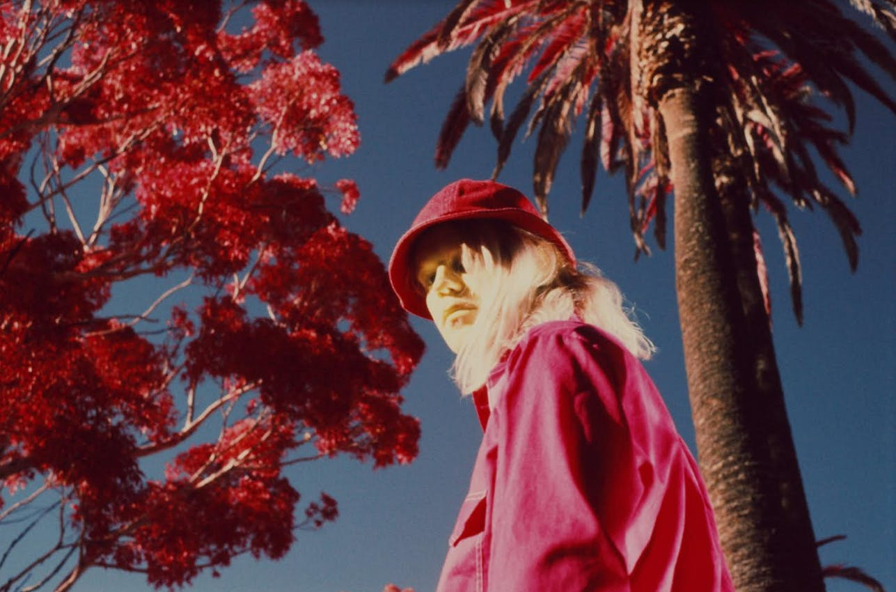 Connan Mockasin with Helena Deland 'In The Round'
