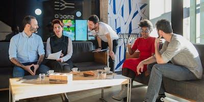 Cappuccino Chats: Breakfast + English Conversation a tema