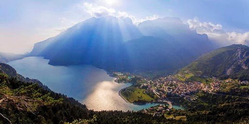 """Corso """"Il Test dei colori di Lüscher nella Floriterapia di Bach"""" Edizione speciale Estate 2019 - Lago di Molveno"""