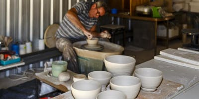 CREATIVE POTTERY: Throwing & Turning for Beginners with Stephen Yates